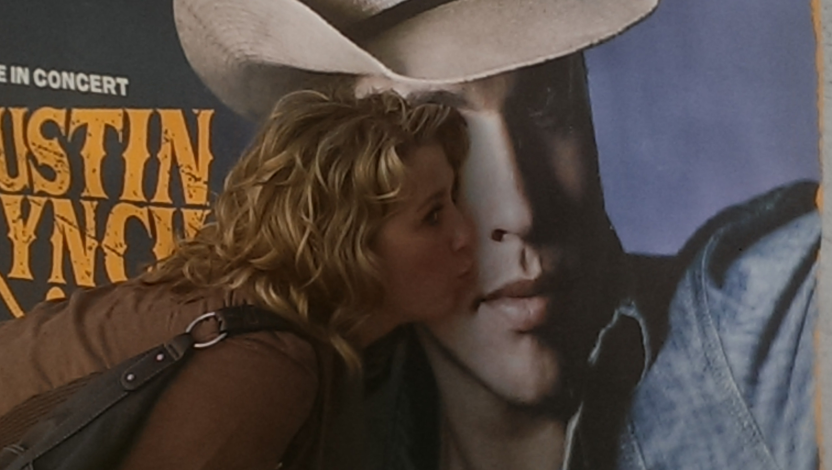 Dustin Lynch Meet Greet Photo Contest The Bluestone