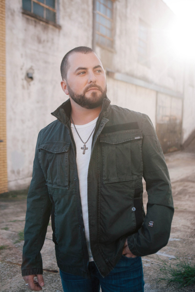 Tyler Farr LIVE at the Bluestone
